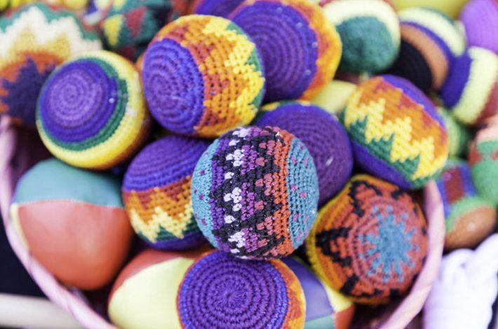 Comment choisir les balles de jonglage ?