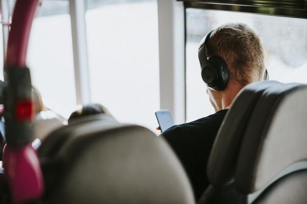 Comment écouter de la musique en voyage ?